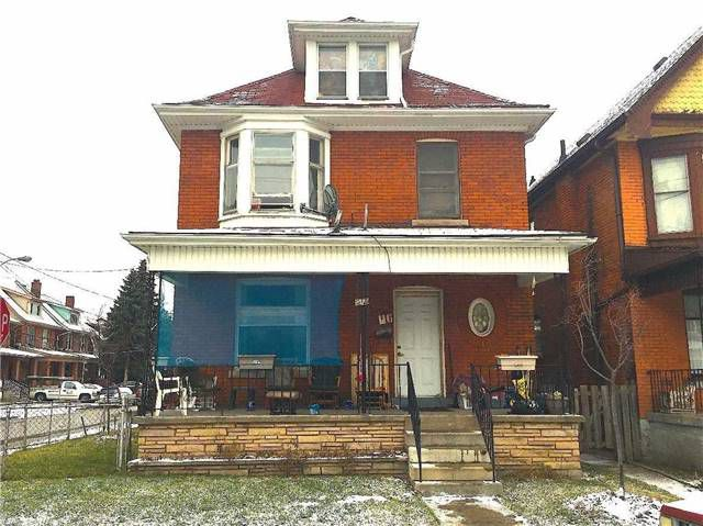 Main Photo: 116 Myrtle Avenue in Hamilton: Central House (2 1/2 Storey) for sale : MLS®# X3403765
