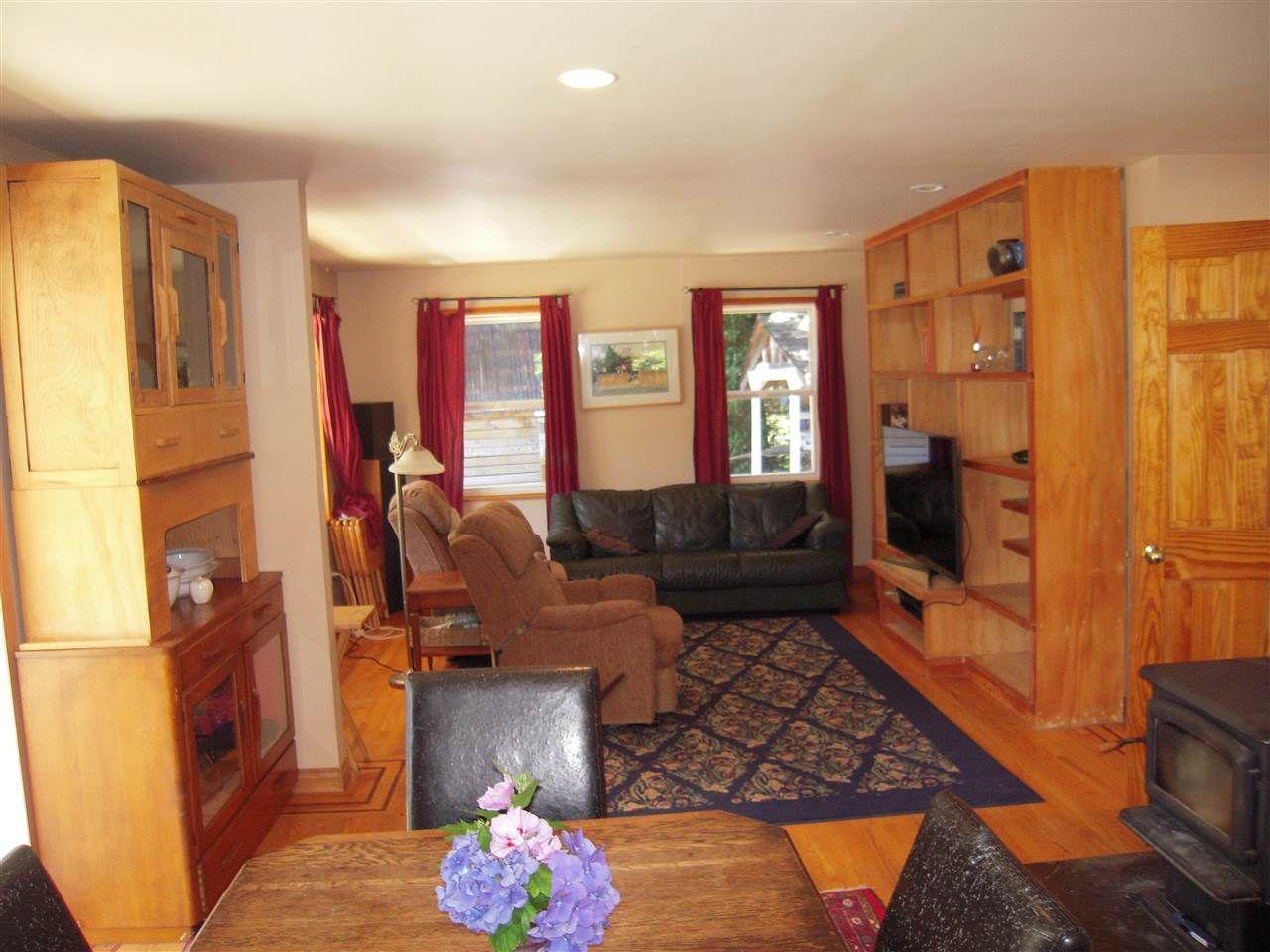 Photo 9: Photos: 2670 LOWER Road: Roberts Creek House for sale (Sunshine Coast)  : MLS®# R2096275