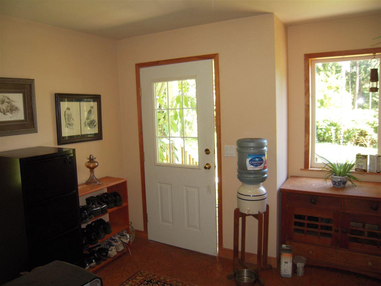 Photo 12: Photos: 2670 LOWER Road: Roberts Creek House for sale (Sunshine Coast)  : MLS®# R2096275