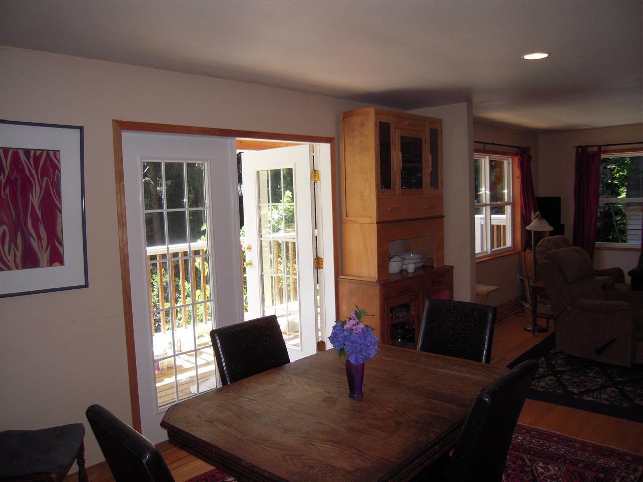Photo 8: Photos: 2670 LOWER Road: Roberts Creek House for sale (Sunshine Coast)  : MLS®# R2096275