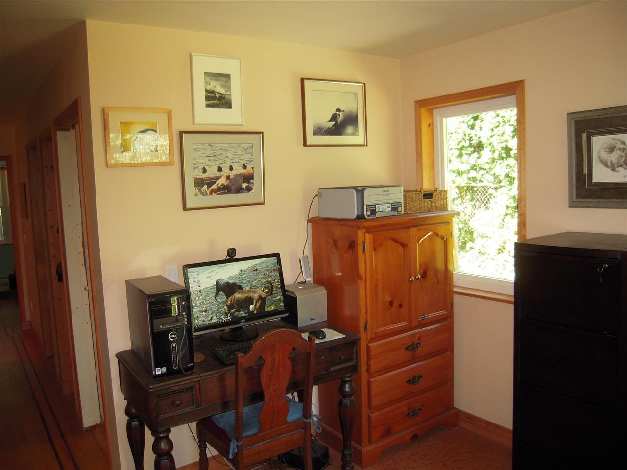 Photo 7: Photos: 2670 LOWER Road: Roberts Creek House for sale (Sunshine Coast)  : MLS®# R2096275