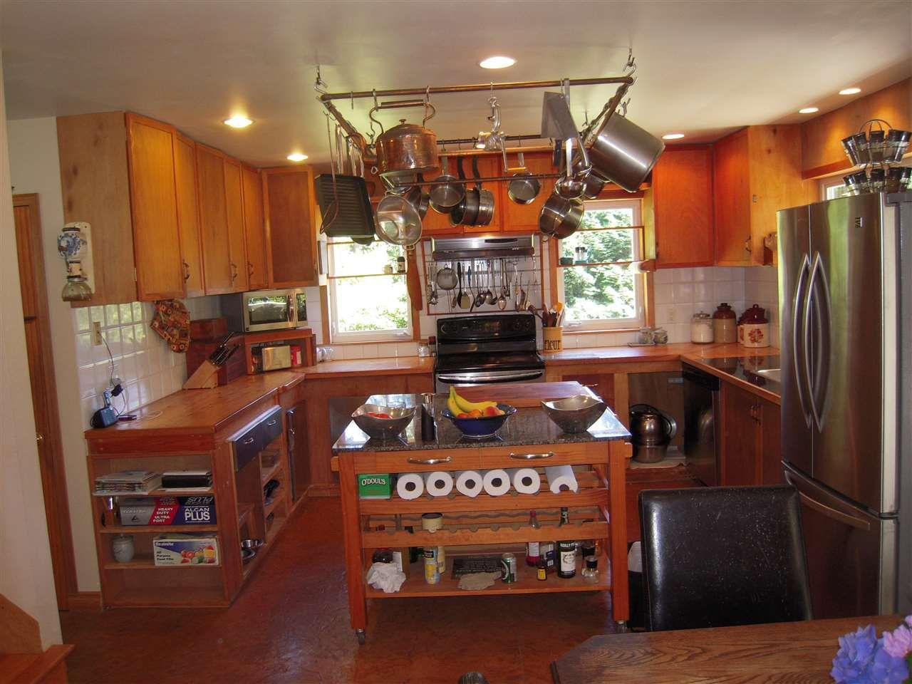 Photo 10: Photos: 2670 LOWER Road: Roberts Creek House for sale (Sunshine Coast)  : MLS®# R2096275