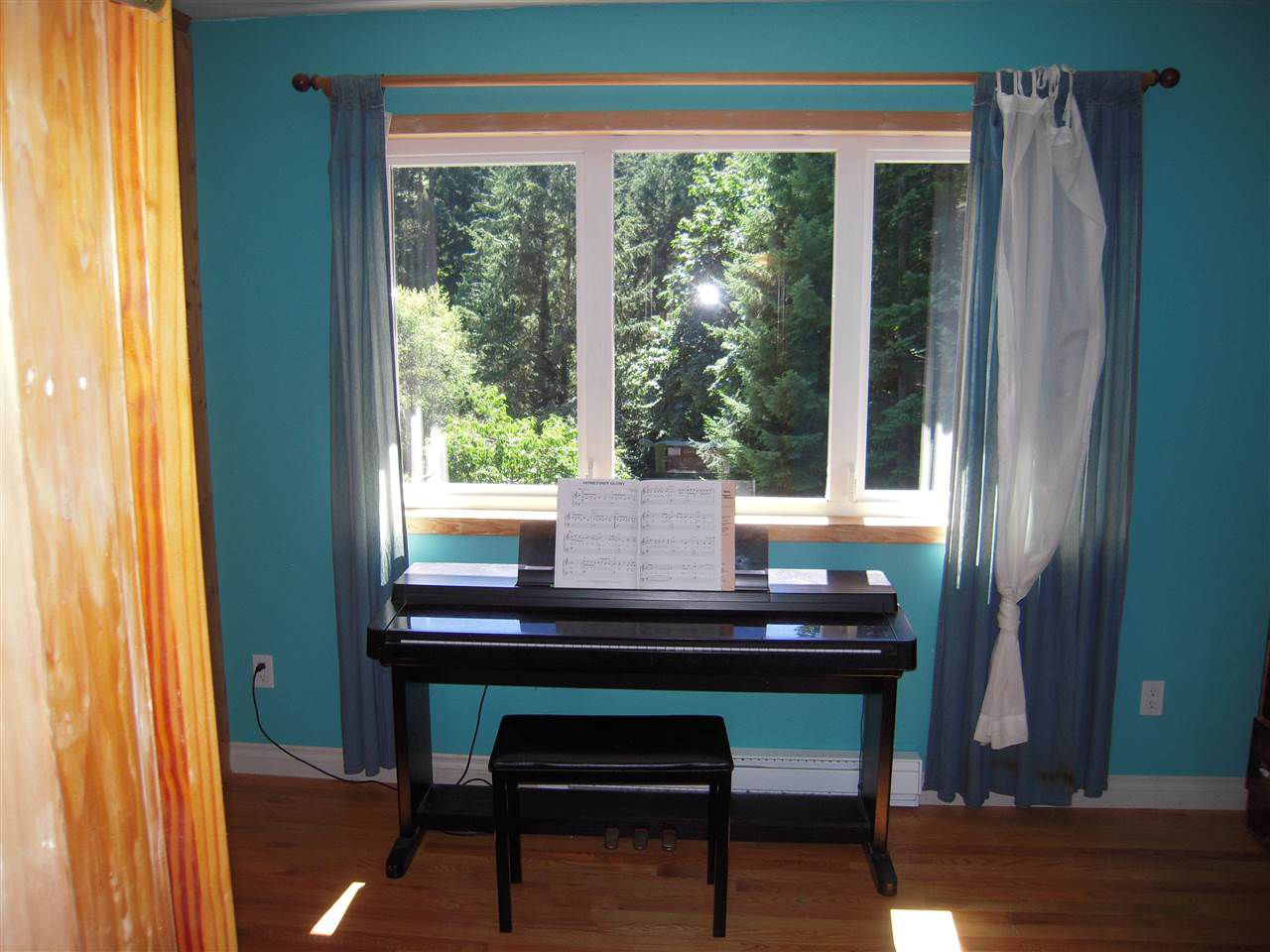 Photo 14: Photos: 2670 LOWER Road: Roberts Creek House for sale (Sunshine Coast)  : MLS®# R2096275