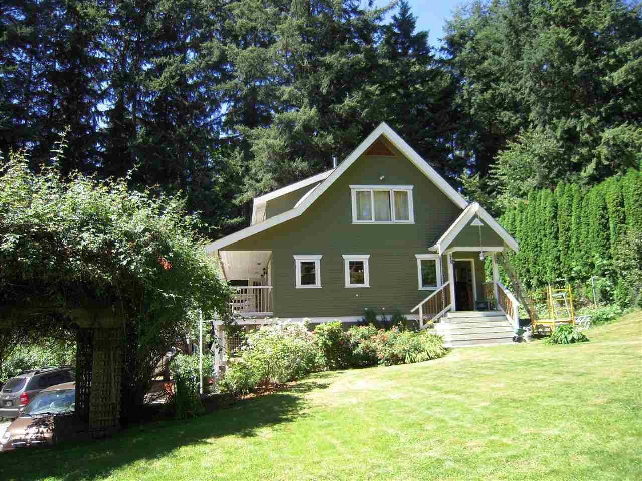 Photo 3: Photos: 2670 LOWER Road: Roberts Creek House for sale (Sunshine Coast)  : MLS®# R2096275