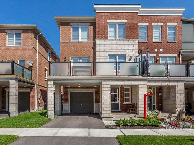 Main Photo: 136 Baycliffe Crest in Brampton: Northwest Brampton House (3-Storey) for sale : MLS®# W3586945