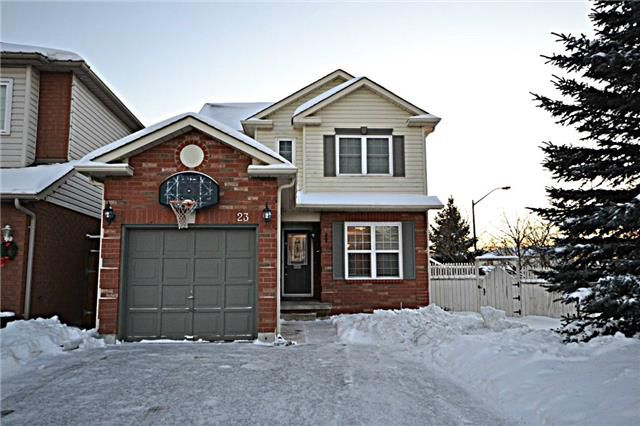 Main Photo: Marie Commisso Mallory Street in Clarington: Courtice House