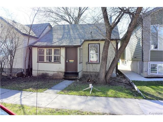 Main Photo: 638 Minto Street in Winnipeg: Sargent Park Residential for sale (5C)  : MLS®# 1704897