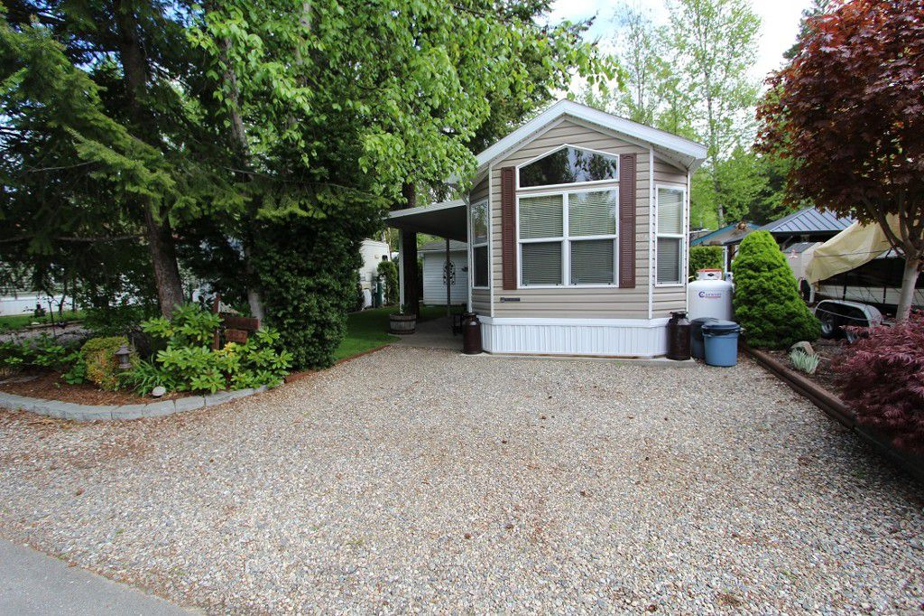 Main Photo: 337 3980 Squilax Anglemont Road in Scotch Creek: North Shuswap Recreational for sale (Shuswap)  : MLS®# 10135009