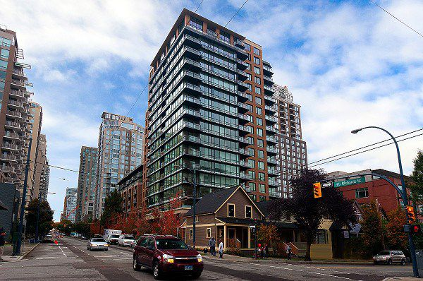 Main Photo: 1008 1088 RICHARDS Street in Vancouver: Yaletown Condo for sale (Vancouver West)  : MLS®# R2205112