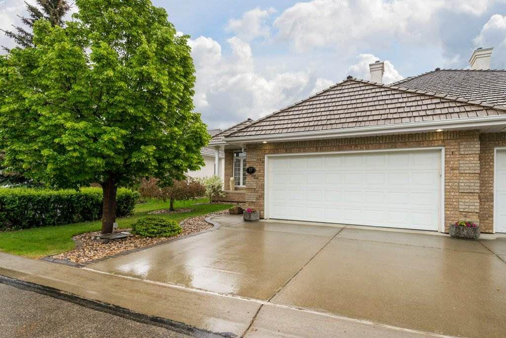 Main Photo: 17 BUTTERWORTH Point in Edmonton: Zone 14 House Half Duplex for sale : MLS®# E4134557