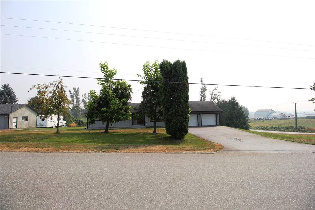 "Main Photo: 28808 STARR Road in Abbotsford: Bradner House for sale in ""Bradner"" : MLS®# R2342118"