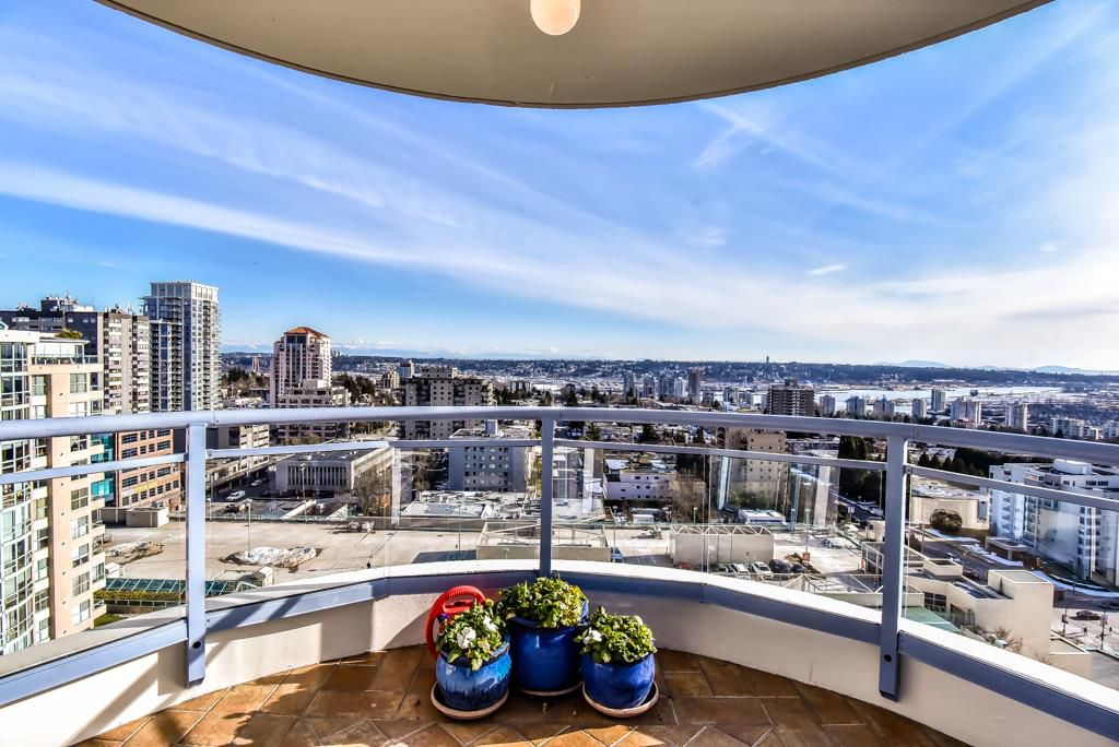 """Main Photo: 1805 739 PRINCESS Street in New Westminster: Uptown NW Condo for sale in """"BERKLEY PLACE"""" : MLS®# R2343859"""