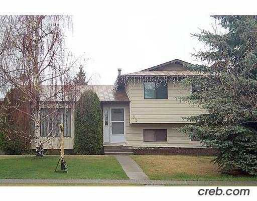Main Photo:  in CALGARY: Temple Residential Detached Single Family for sale (Calgary)  : MLS®# C2364437