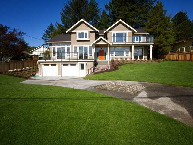 Main Photo: 527 N DOLLARTON Highway in North Vancouver: Dollarton House for sale : MLS®# V1041856