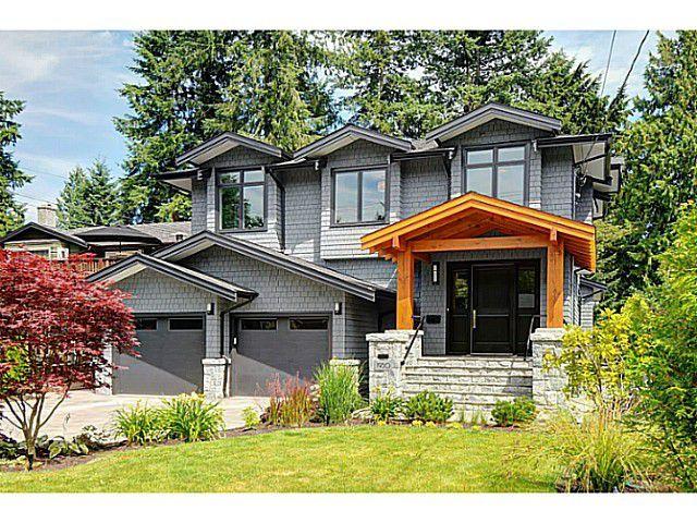 "Main Photo: 1950 PEMBERTON Avenue in North Vancouver: Pemberton Heights House for sale in ""PEMBERTON HEIGHTS"" : MLS®# V1046239"