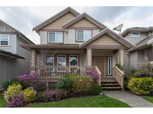 """Main Photo: 6981 201 Street in Langley: Willoughby Heights House for sale in """"JEFFRIES LANDING"""" : MLS®# R2046175"""