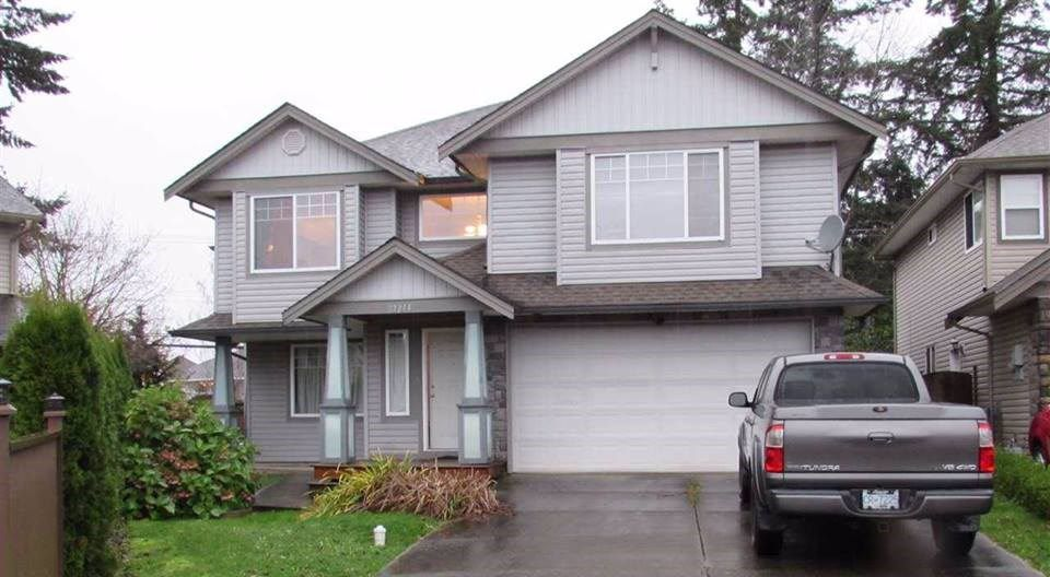 Main Photo: 27214 27A Avenue in Langley: Aldergrove Langley House for sale : MLS®# R2147294
