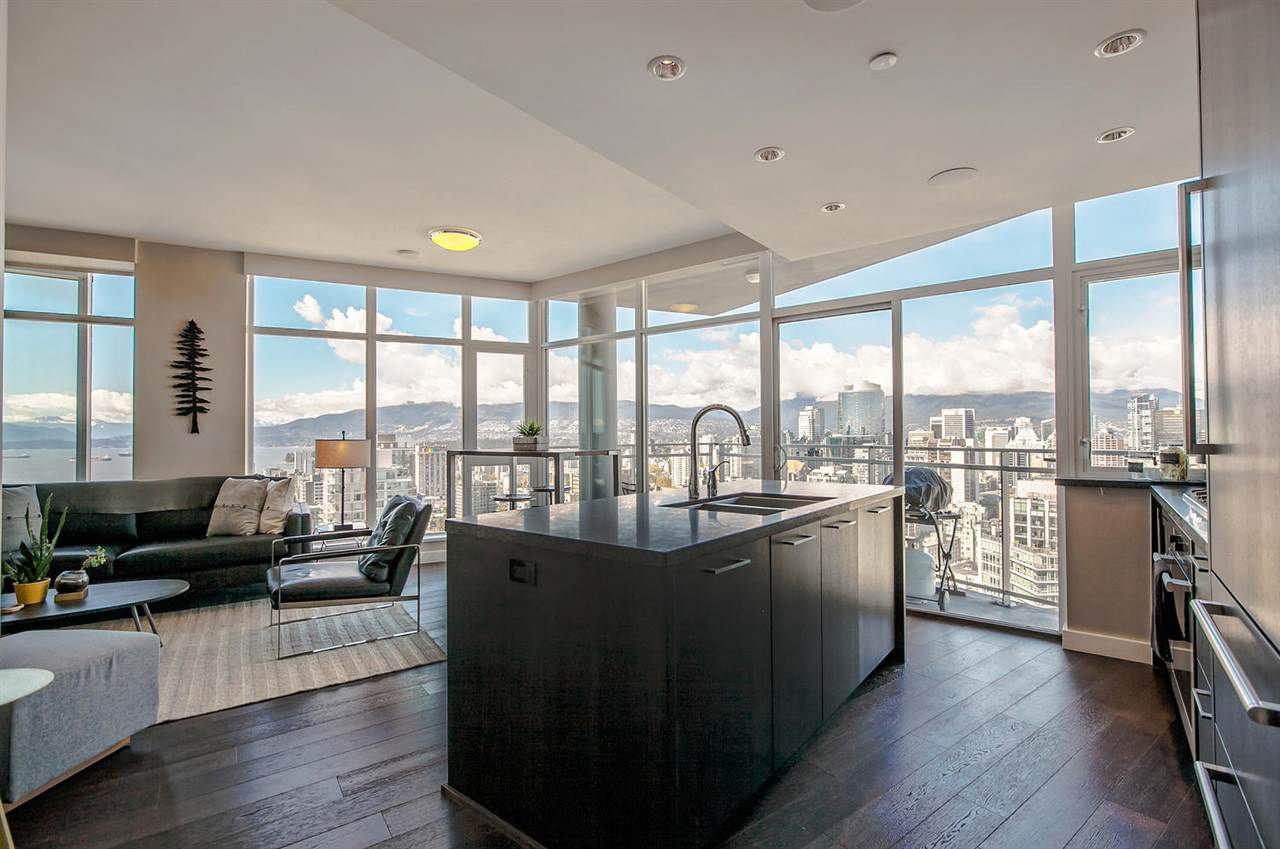 "Main Photo: 4503 1372 SEYMOUR Street in Vancouver: Downtown VW Condo for sale in ""THE MARK"" (Vancouver West)  : MLS®# R2159391"