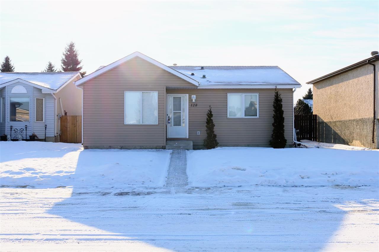 Main Photo: 128 ST. ANDREWS Drive: Stony Plain House for sale : MLS®# E4142270