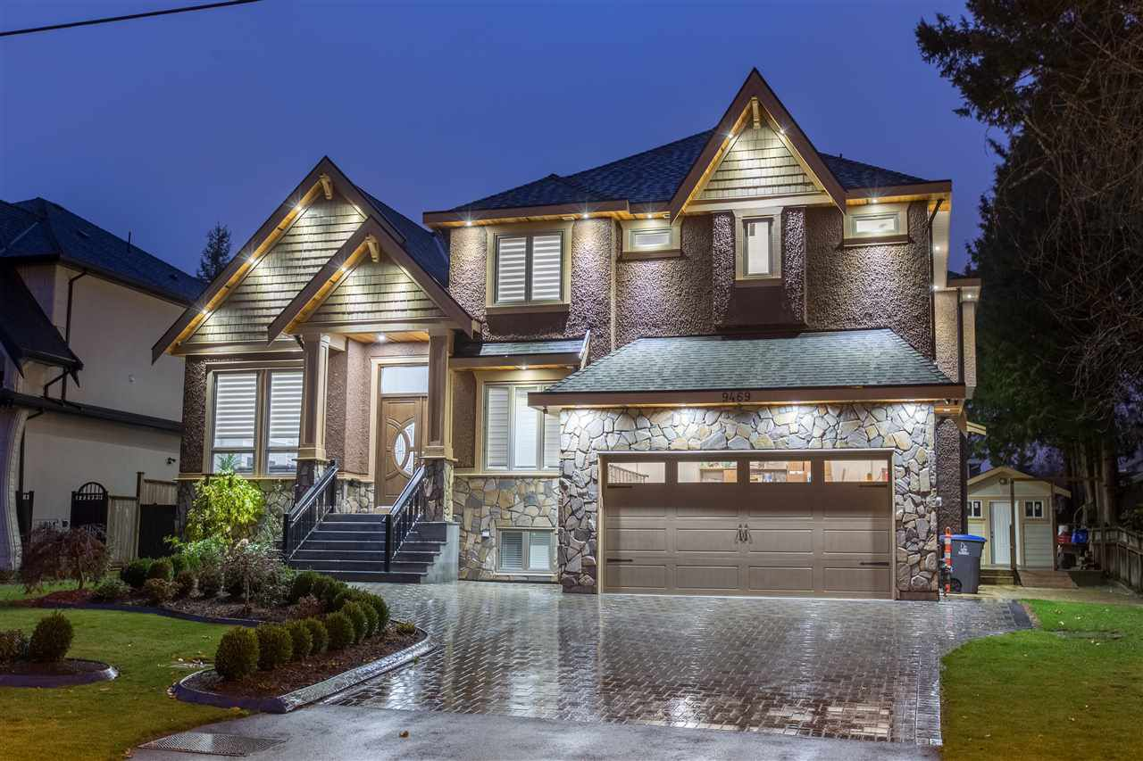 "Main Photo: 9469 159A Street in Surrey: Fleetwood Tynehead House for sale in ""Fleetwood Tynehead"" : MLS®# R2339112"
