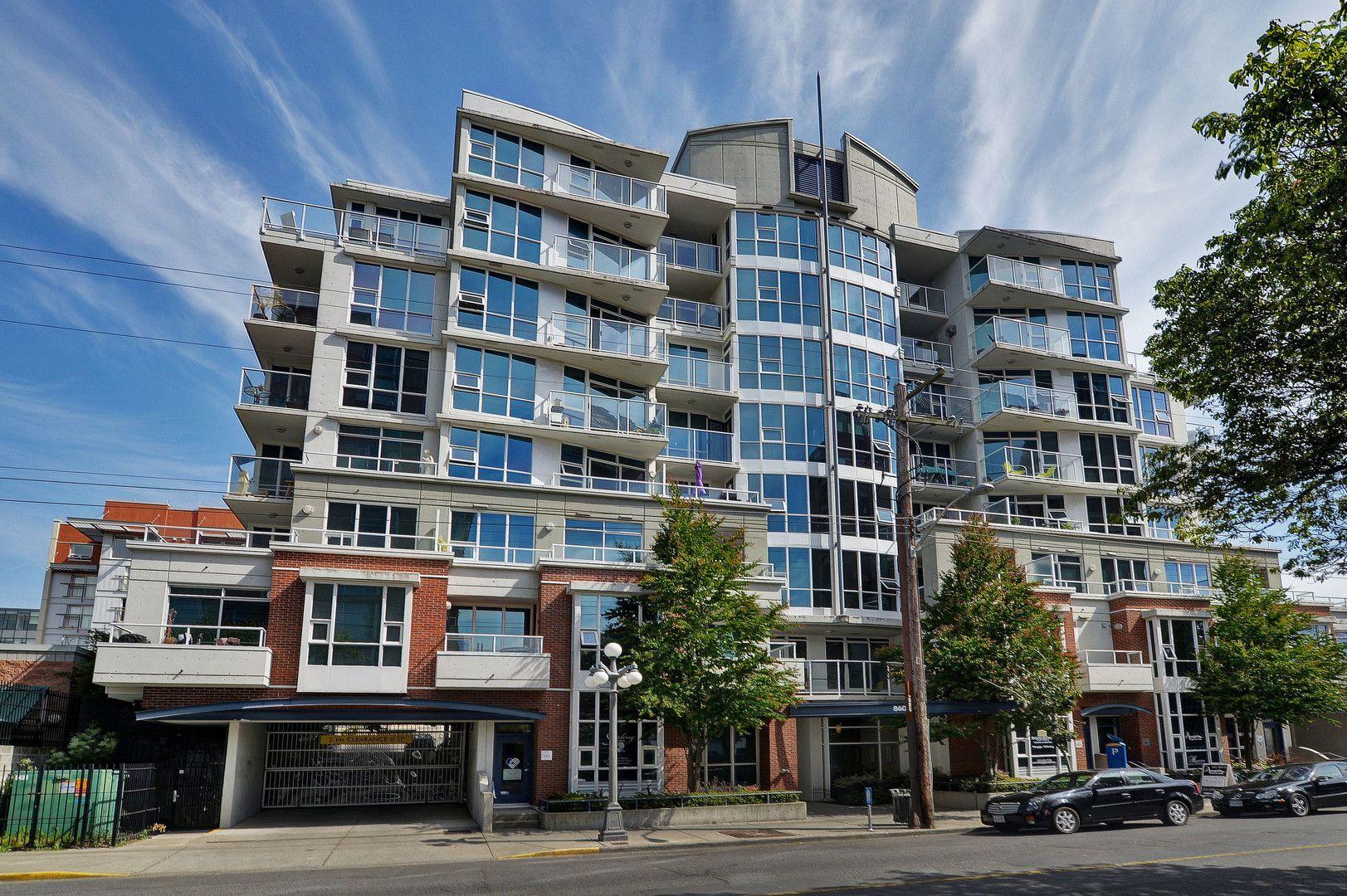 Main Photo: 203 860 View Street in VICTORIA: Vi Downtown Condo Apartment for sale (Victoria)  : MLS®# 405868