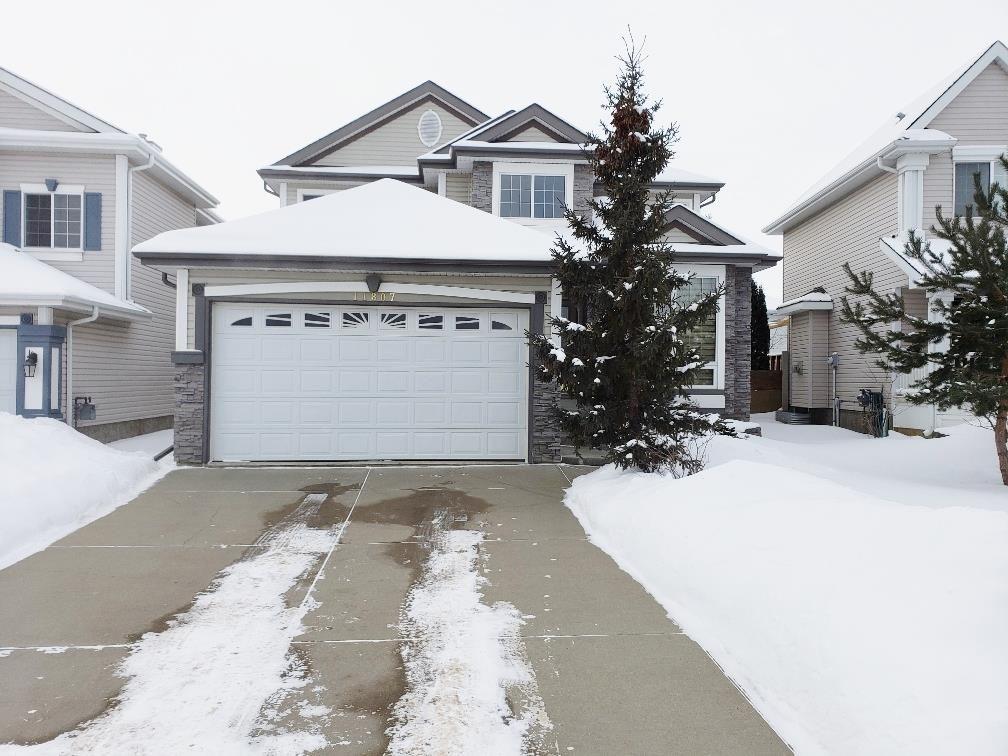 Main Photo: 11807 11 Avenue in Edmonton: Zone 16 House for sale : MLS®# E4145092