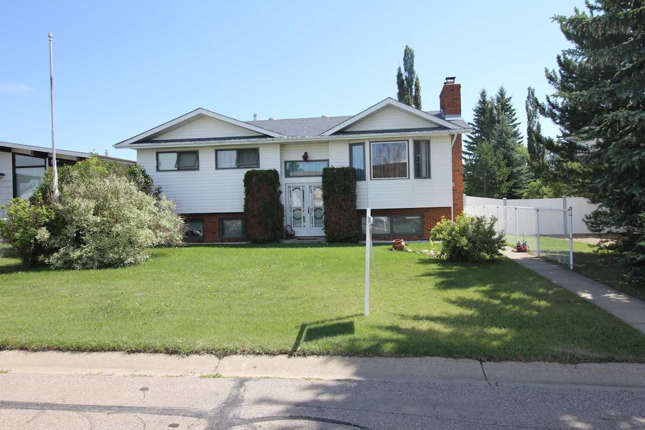 Main Photo: 5119 51 Street: Legal House for sale : MLS®# E4158279
