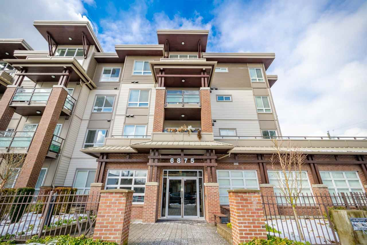 Main Photo: 205 6875 DUNBLANE Avenue in Burnaby: Metrotown Condo for sale (Burnaby South)  : MLS®# R2374444