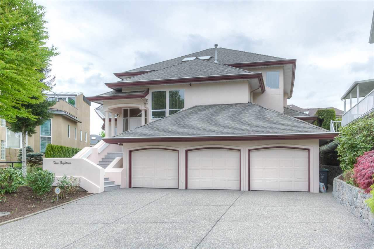 Main Photo: 218 SICAMOUS Place in Coquitlam: Coquitlam East House for sale : MLS®# R2376345
