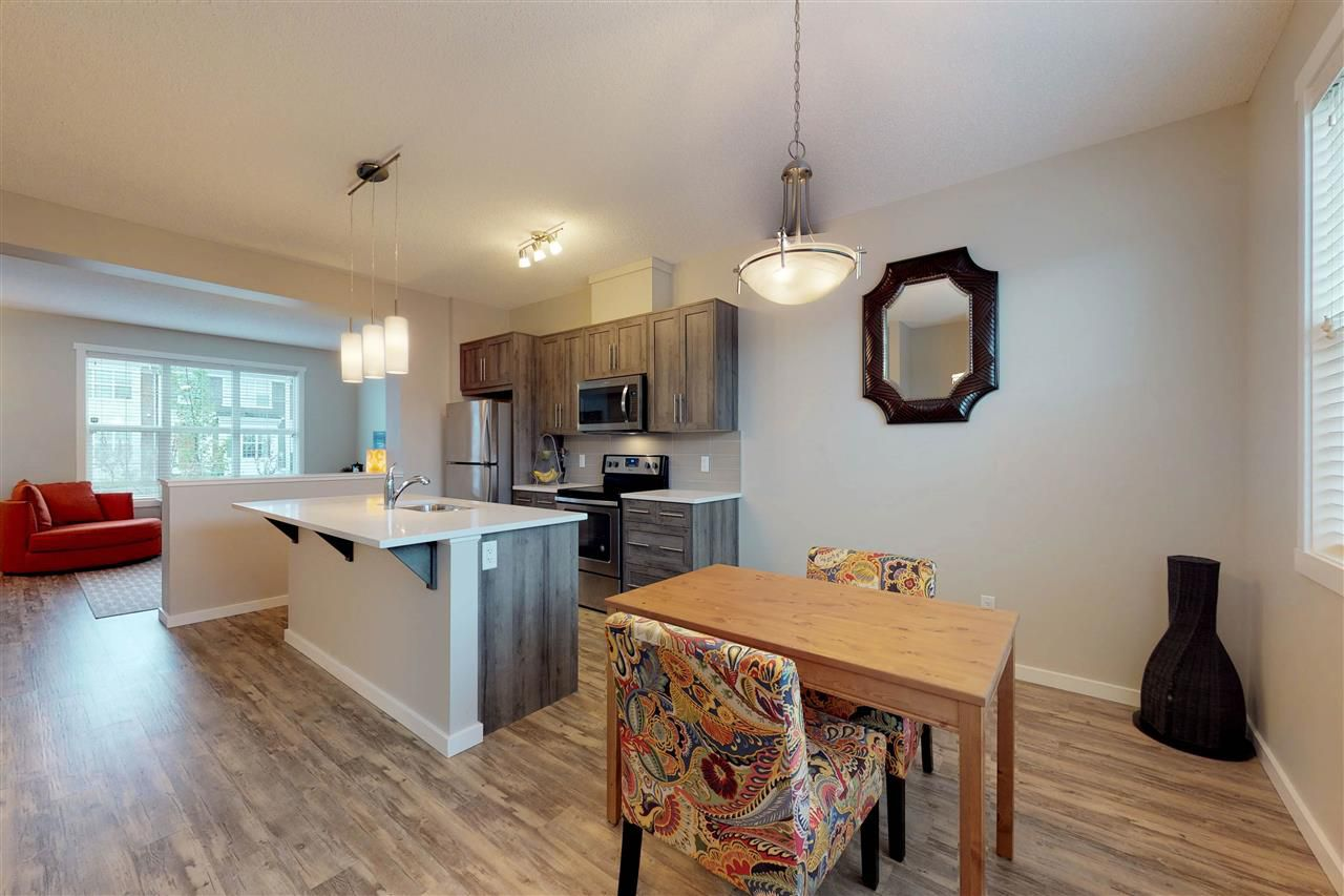 Main Photo: 1927 24 Street in Edmonton: Zone 30 Attached Home for sale : MLS®# E4160241