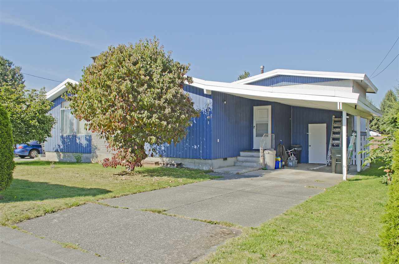 Main Photo: 19073 MITCHELL Road in Pitt Meadows: Central Meadows House Duplex for sale : MLS®# R2108449