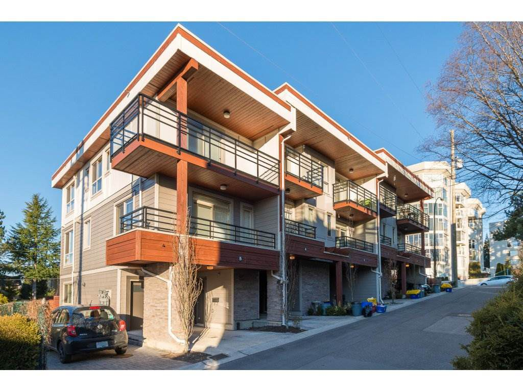 Main Photo: 5 15118 THRIFT Avenue: White Rock Townhouse for sale (South Surrey White Rock)  : MLS®# R2134991