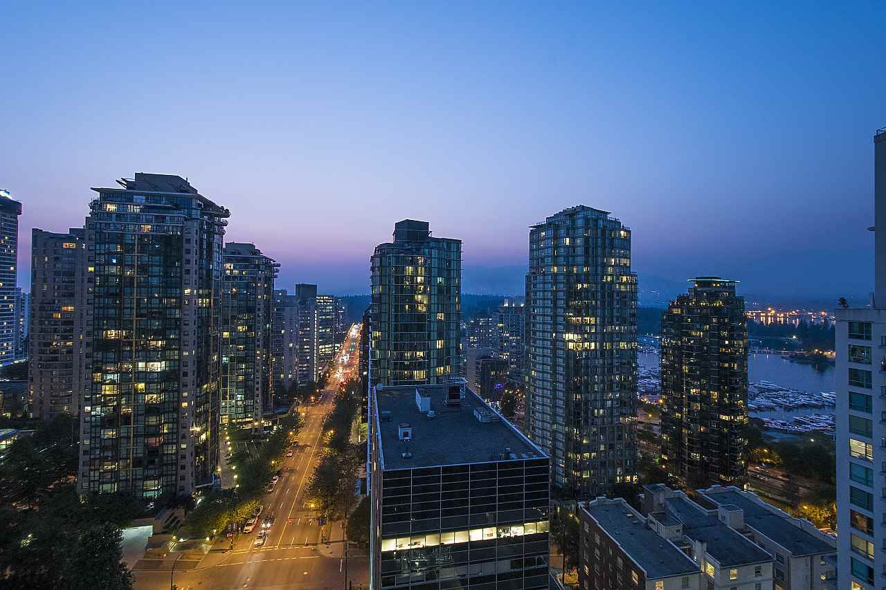 Main Photo: 2104 1239 W GEORGIA STREET in Vancouver: Coal Harbour Condo for sale (Vancouver West)  : MLS®# R2195458