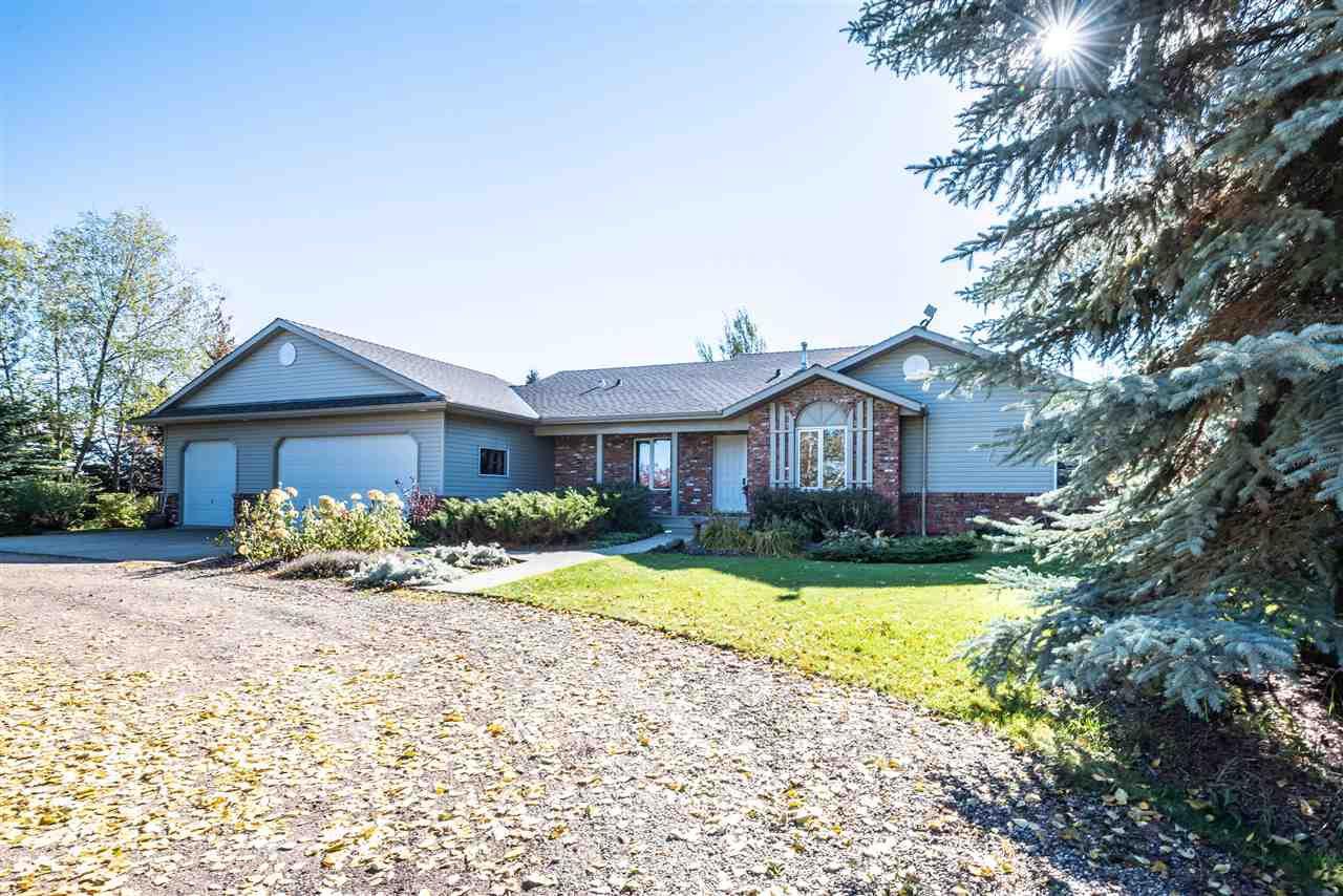 Main Photo: 38 ROSENTHAL Way: Stony Plain House for sale : MLS®# E4126141