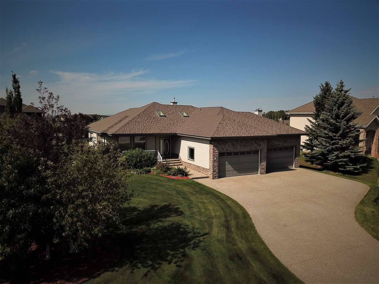 Main Photo: 10 26126 HWY 16: Rural Parkland County House for sale : MLS®# E4129820