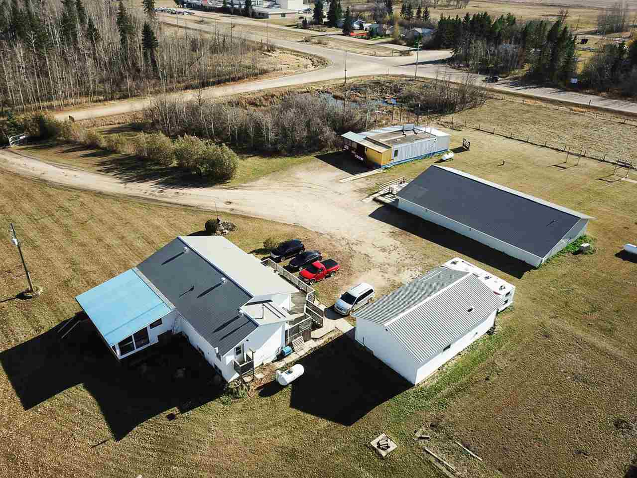 Main Photo: 462008 RR273: Rural Wetaskiwin County House for sale : MLS®# E4133158