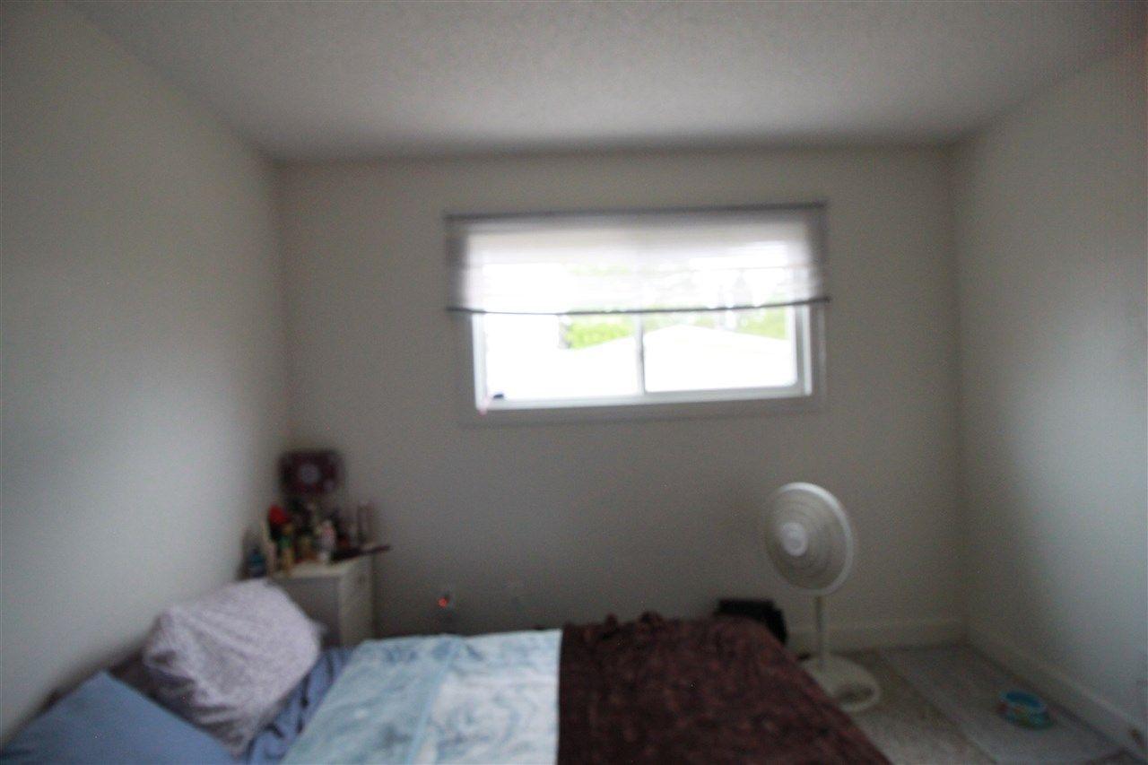 Photo 16: Photos: 13320 127 Street in Edmonton: Zone 01 House Duplex for sale : MLS®# E4136004