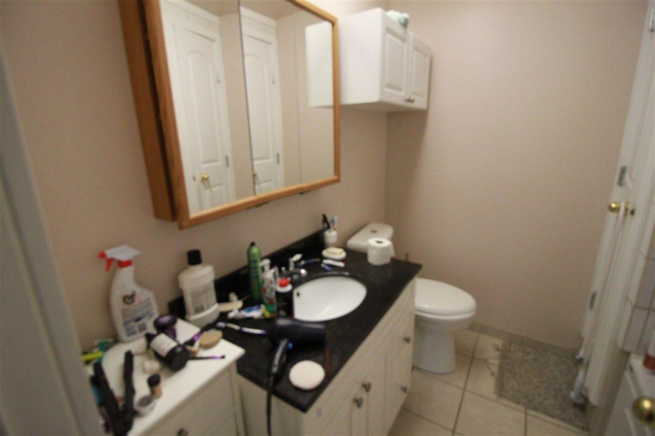 Photo 8: Photos: 13320 127 Street in Edmonton: Zone 01 House Duplex for sale : MLS®# E4136004