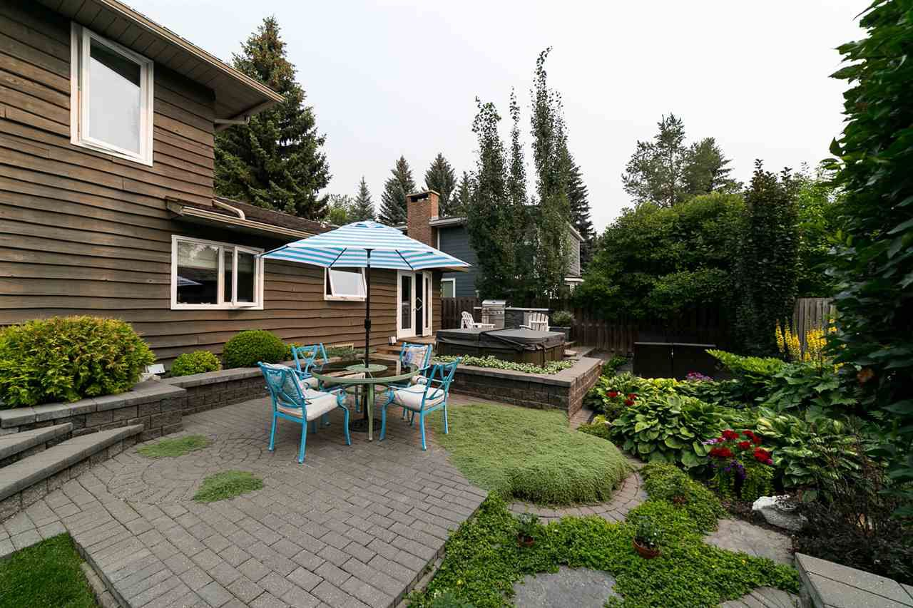 Main Photo: 17 Berrymore Drive: St. Albert House for sale : MLS®# E4156020