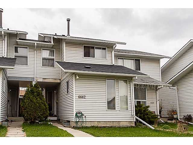 Main Photo: 6662 TEMPLE Drive NE in CALGARY: Temple Residential Attached for sale (Calgary)  : MLS®# C3615955