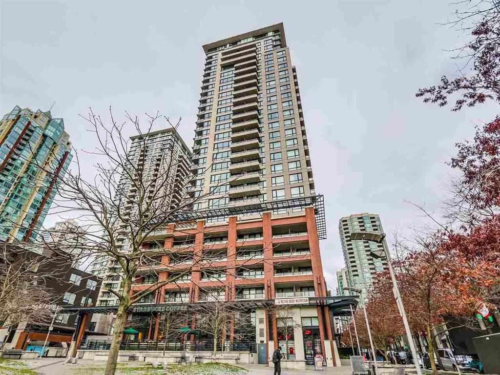 "Main Photo: 703 977 MAINLAND Street in Vancouver: Yaletown Condo for sale in ""YALETOWN PARK 3"" (Vancouver West)  : MLS®# R2048985"