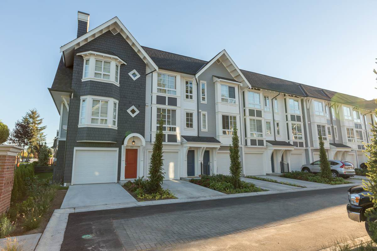 """Main Photo: 74 8476 207A Street in Langley: Willoughby Heights Townhouse for sale in """"YORK by Mosaic"""" : MLS®# R2108289"""