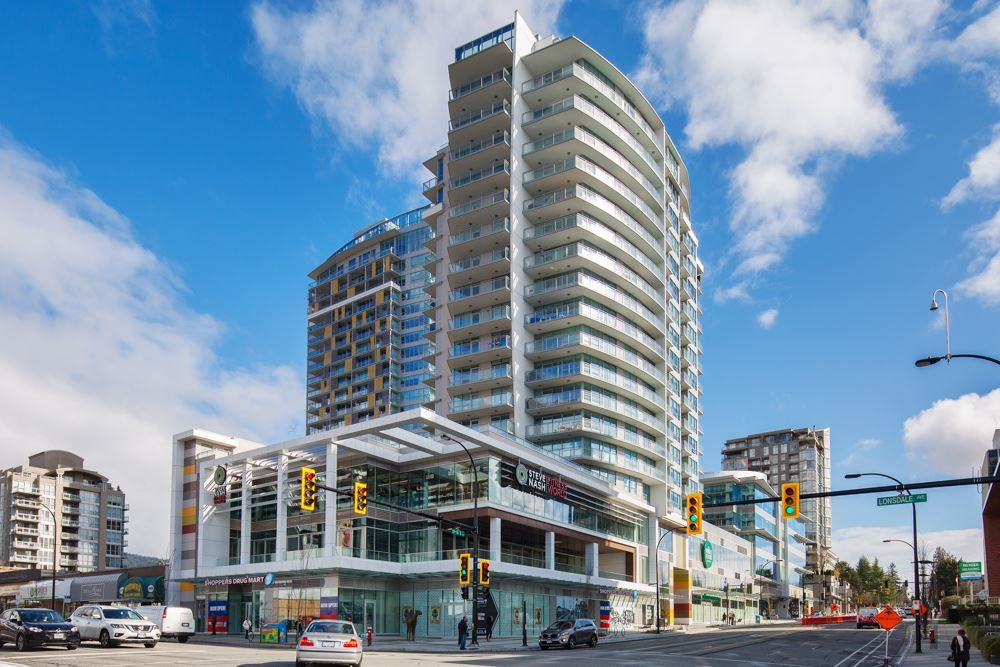 "Main Photo: 704 112 E 13TH Street in North Vancouver: Lower Lonsdale Condo for sale in ""CENTREVIEW"" : MLS®# R2243856"