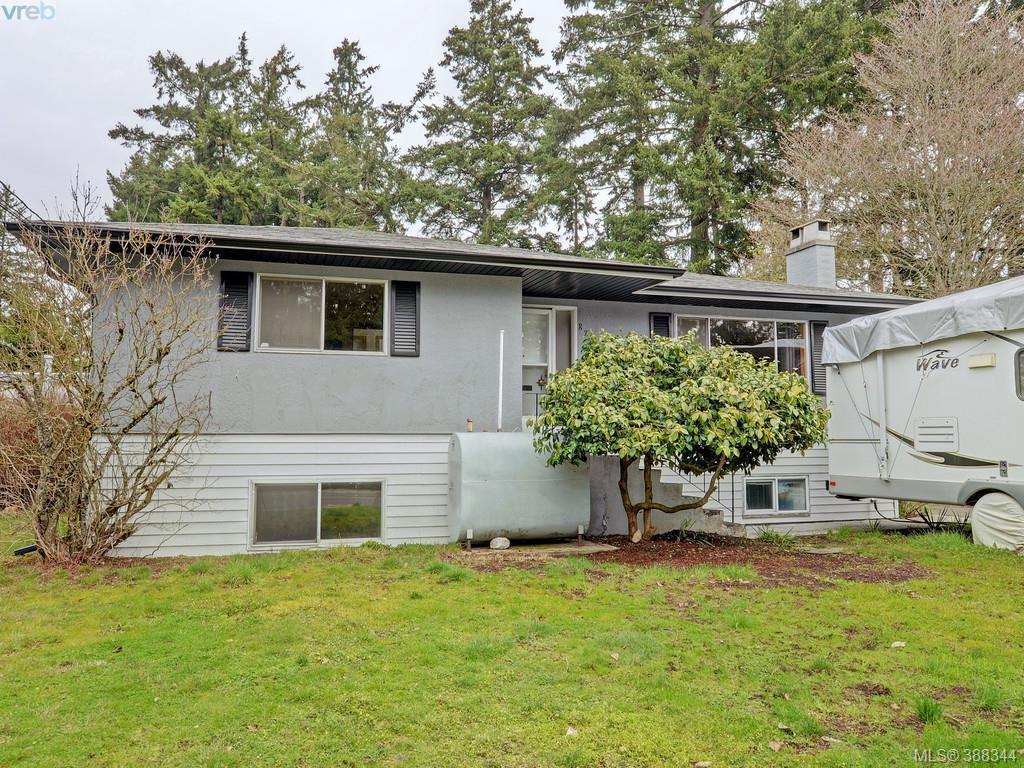 Main Photo: 824 orono Avenue in VICTORIA: La Langford Proper Single Family Detached for sale (Langford)  : MLS®# 388344