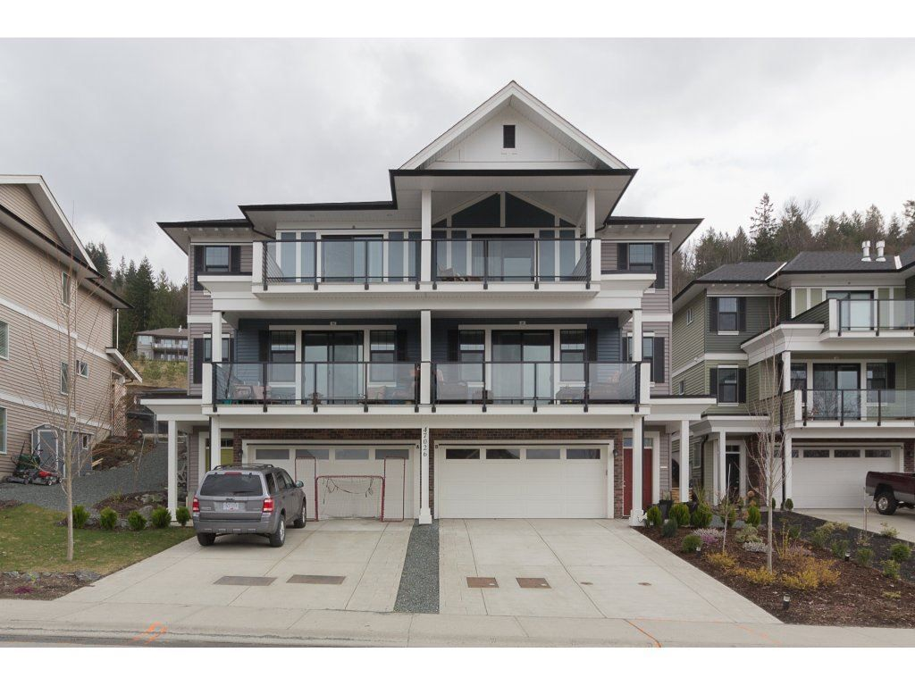 Main Photo: B 47026 SYLVAN Drive in Sardis: Promontory House 1/2 Duplex for sale : MLS®# R2253800