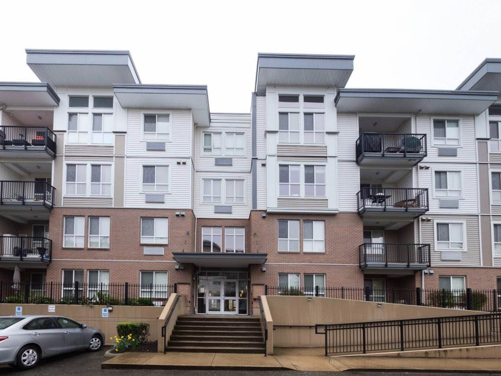"""Main Photo: 221 5430 201 Street in Langley: Langley City Condo for sale in """"The Sonnet"""" : MLS®# R2257402"""