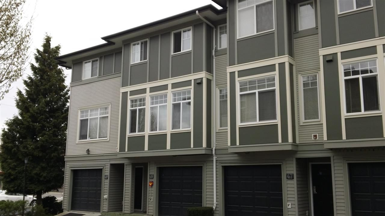 """Main Photo: 48 1010 EWEN Avenue in New Westminster: Queensborough Townhouse for sale in """"WINDSOR MEWS"""" : MLS®# R2271753"""