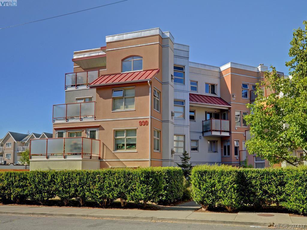 Main Photo: 304 930 North Park Street in VICTORIA: Vi Central Park Condo Apartment for sale (Victoria)  : MLS®# 397437