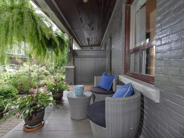 Main Photo: 55 Bloomfield Avenue in Toronto: South Riverdale House (2 1/2 Storey) for sale (Toronto E01)  : MLS®# E4243724