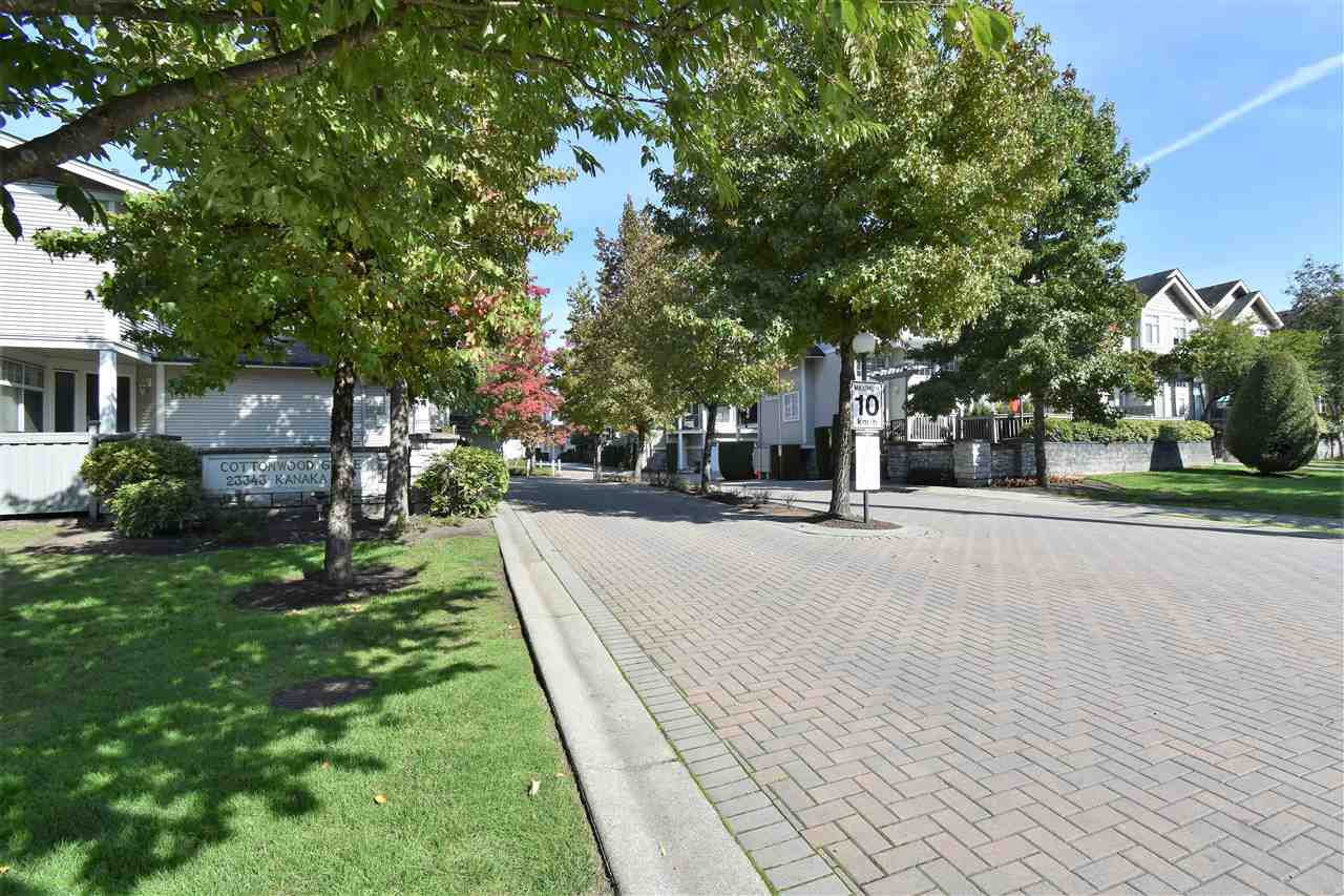 "Photo 17: Photos: 17 23343 KANAKA Way in Maple Ridge: Cottonwood MR Townhouse for sale in ""Cottonwood Grove"" : MLS®# R2311042"